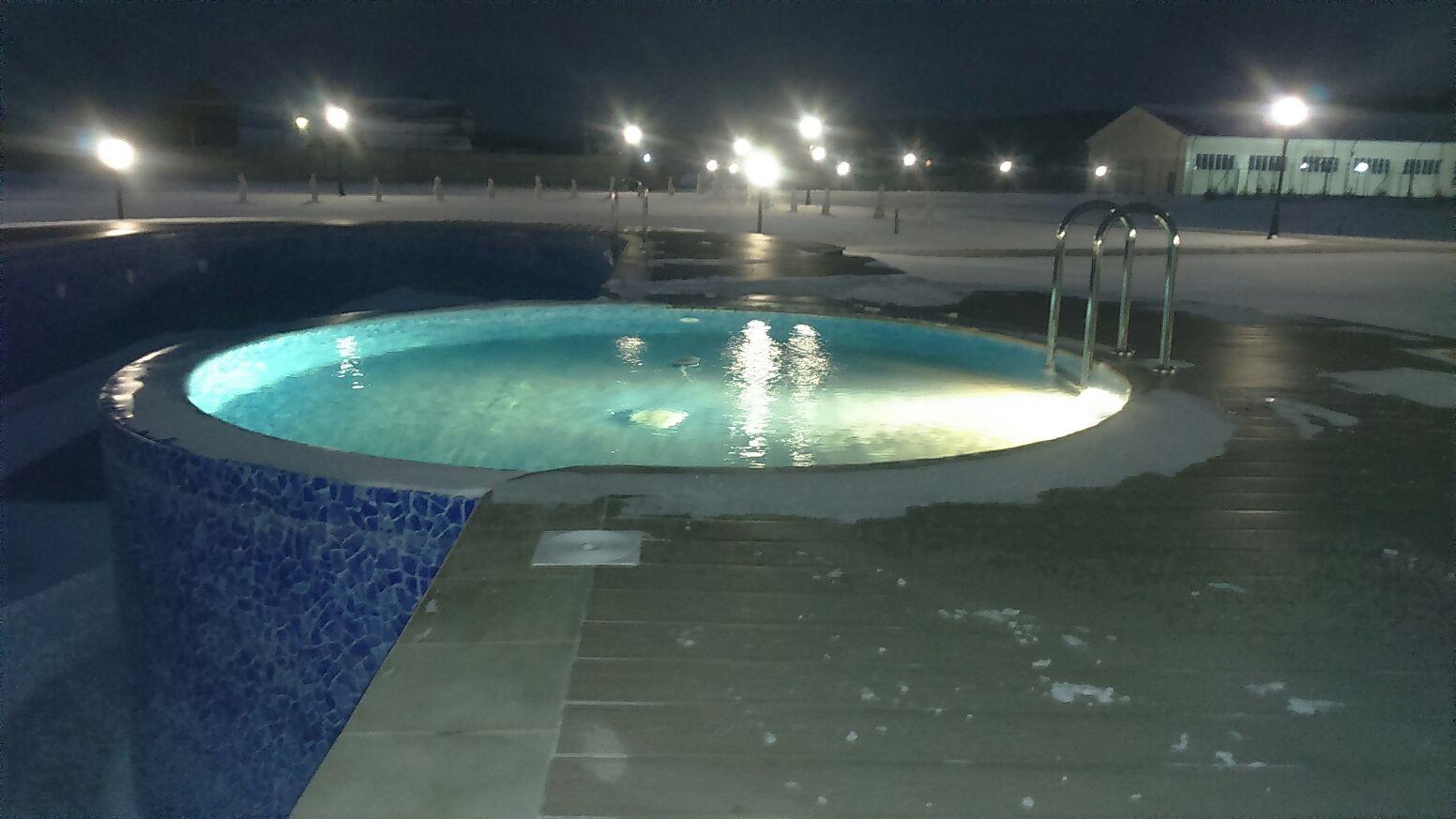 эксплуатируемый бассейн в зимний период
